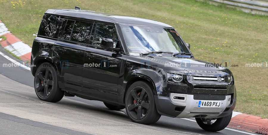Land Rover Defender Puts Its V8 To Work At The Nurburgring