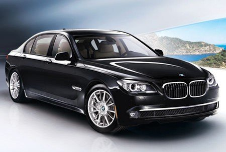 $140K BMW 7 Series was lifted by thieves in Detroit during auto show