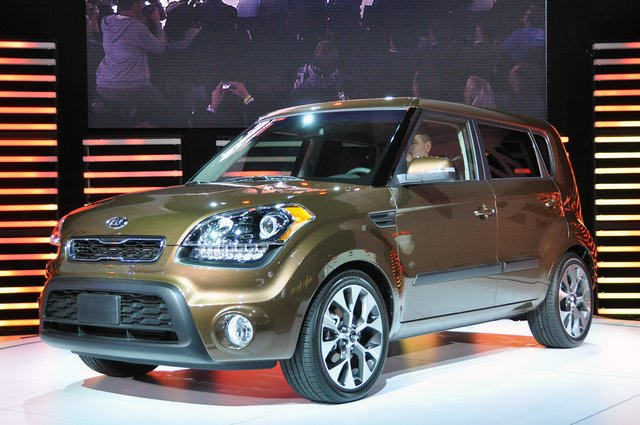 New York 2011: Kia updates 2012 Soul with new engines, transmissions and style