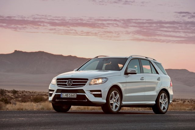 2012 Mercedes-Benz M-Class shows off updated design, new diesel engines