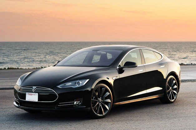 Tesla Model S Wins Automobile Car of the Year