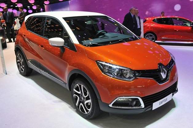 2013 Renault Captur Features Zip Seat Covers Crisper Drawer Glovebox together with 2017 2018 Gmc Acadia Katzkin Leather Seats furthermore 2004 2012 Chevy Colorado And Gmc Canyon Front High Back Bucket Seats besides Review Big Fun The 2015 Chevy Suburban besides 2015 Chevrolet Silverado 2500hd Ltz First Test. on seat covers for gmc acadia