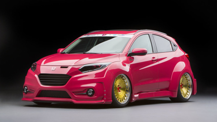 Honda Tunes HR-V, Shows Baja Pilot Pre-Runner at SEMA