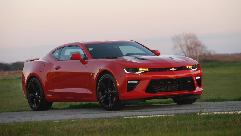 Hennessey HPE1000 Builds A 1,000 Hp 2016 Chevy Camaro