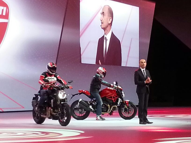 2016 Ducati Monster 1200R Unveiled at VW Group Night