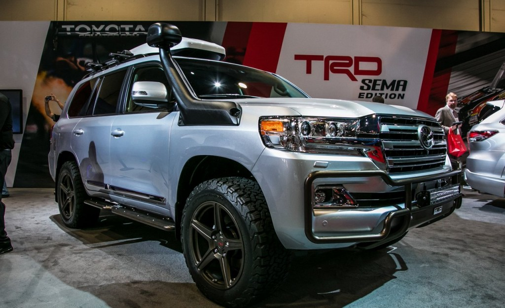 2016 Toyota Land Cruiser TRD