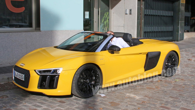 2017 Audi R8 Spyder Spotted Completely Uncamouflaged