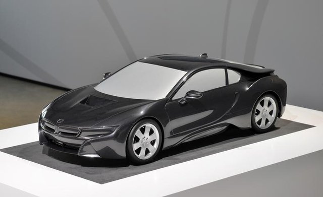 Bmw I8 Scale Model Reveals The Production Car S Design Localise
