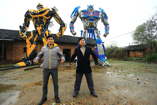 Chinese Farmers Build Giant Transformers from Car Pparts, Scrap Metal