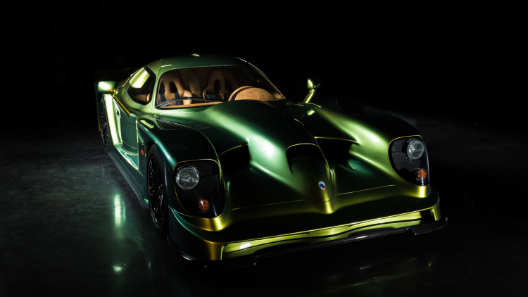 Panoz Displays Restored Esperante GTR-1 in Dubai