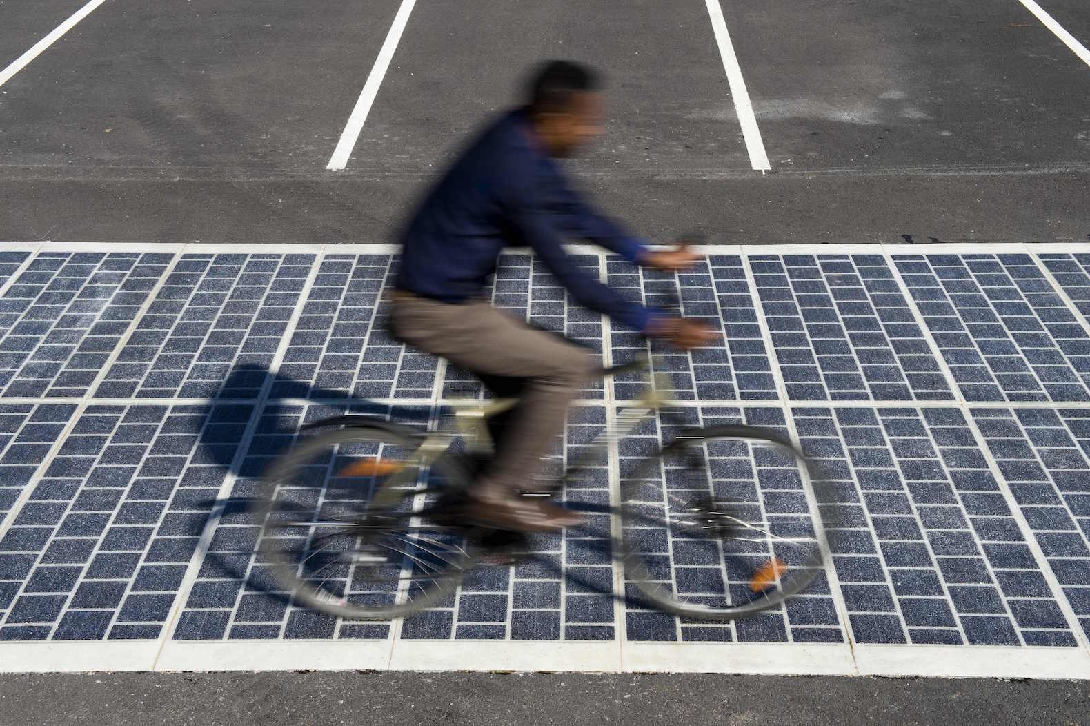 Wattway Will Install 1000 km of Solar Roads in France