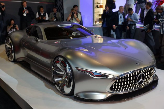 Mercedes AMG Vision Gran Turismo Concept is Long, Low, Wide