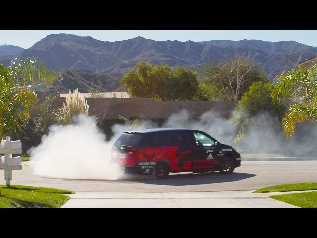 Momkhana Goes Drifting with a V8 Minivan in the 'Burbs