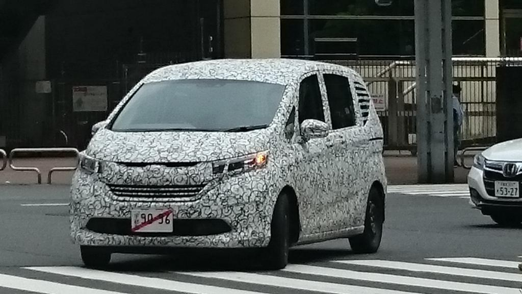 Honda Freed Spied