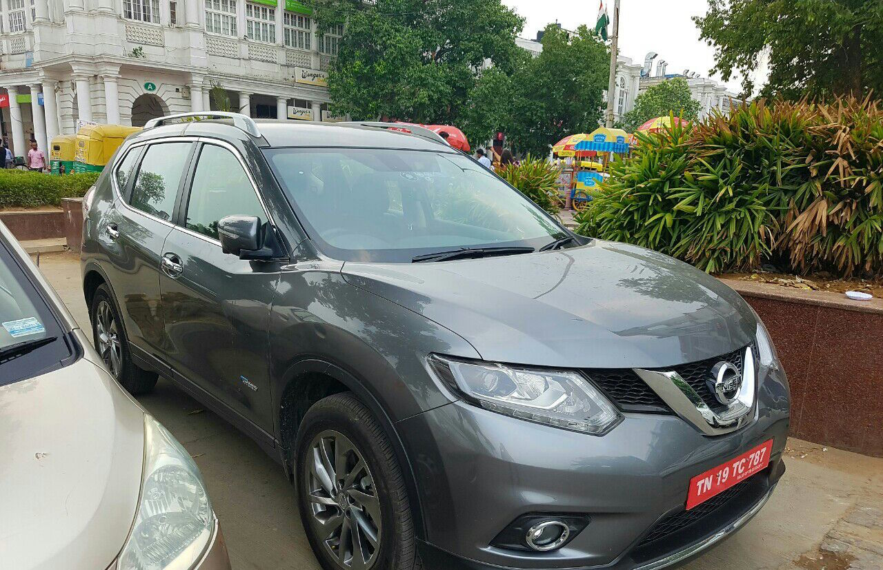 Nissan X-Trail Hybrid Spied In India Inside And Out By IAB Reader