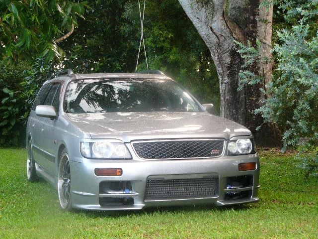Japanese Cars: Nissan Stagea Autech 260RS