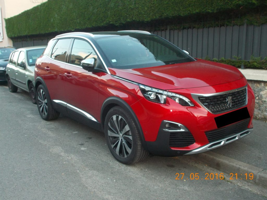 peugeot 3008 spotted in the wild post unveil. Black Bedroom Furniture Sets. Home Design Ideas