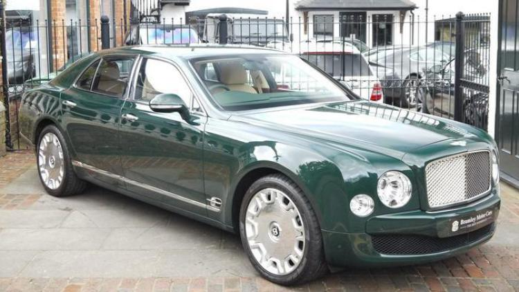 You Can Buy The Queen's Bentley Mulsanne For $285,000