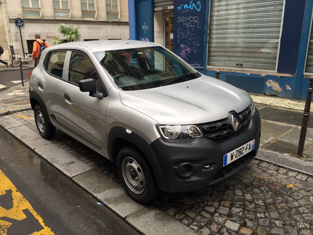 Renault Kwid Spied In Base Trim Level In France