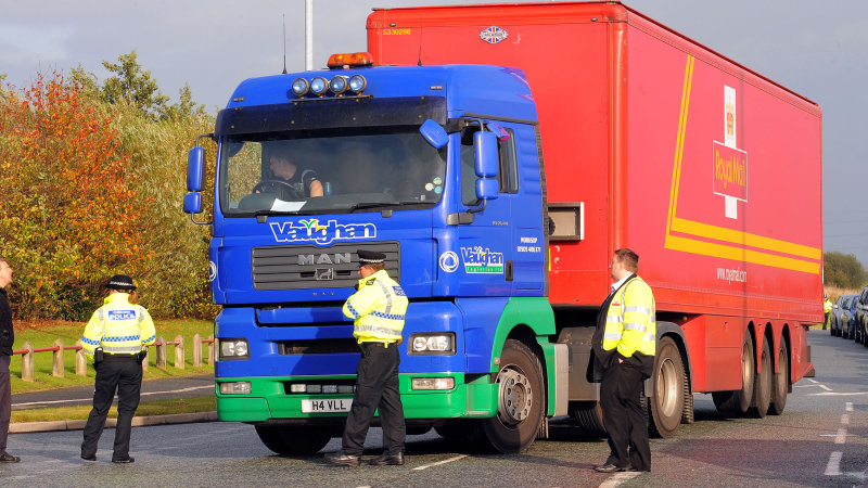 Police in England Using Unmarked Semi to Catch Texting Drivers