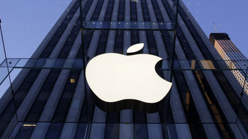 Apple Hires Tesla Engineer To Head Car Project, Report Says