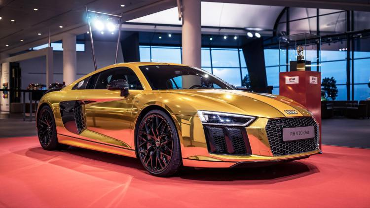 This Gold Wrapped R8 is How Audi Celebrates an Award