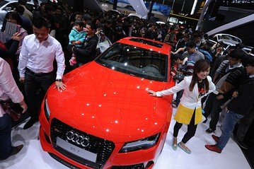 Luxury Car Makers Brace for Slowdown in China