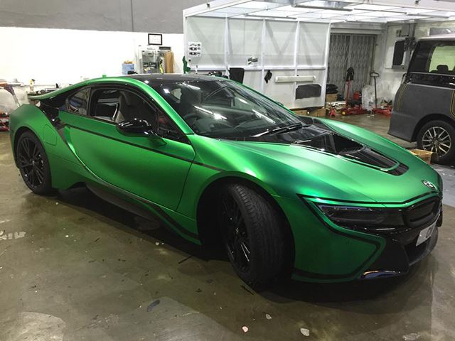 The World Needs More BMW i8s Wrapped in Matte Green Chrome