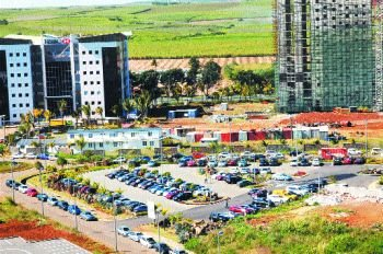 BPML: Construction of a Parking Lot for 800 Cars