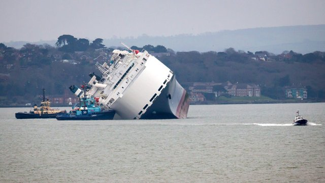 Cargo Ship Carrying 1,200 Jaguars and Land Rovers Deliberately Run Aground