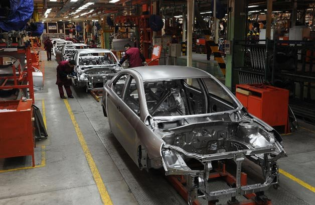 China Still 10 Years Away from Globally Competitive Car Company