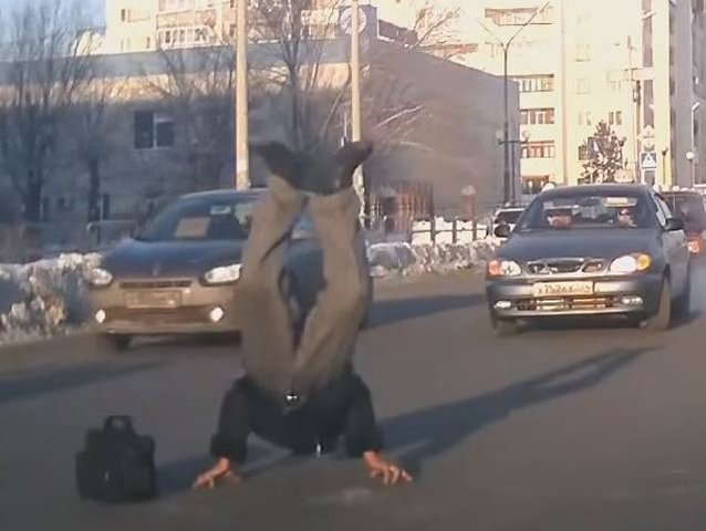 These Russian Pedestrians are as Nuts as the Drivers