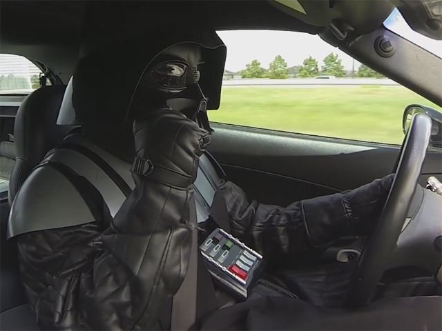 Watch Darth Vader and Chewbacca Street Race