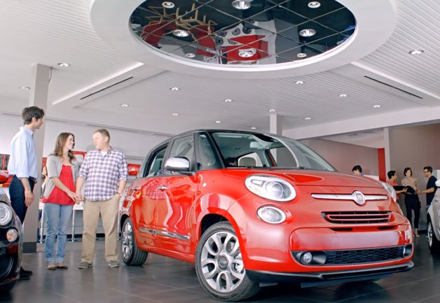 2014 Fiat 500L Now Comes With a Complimentary Italian Family