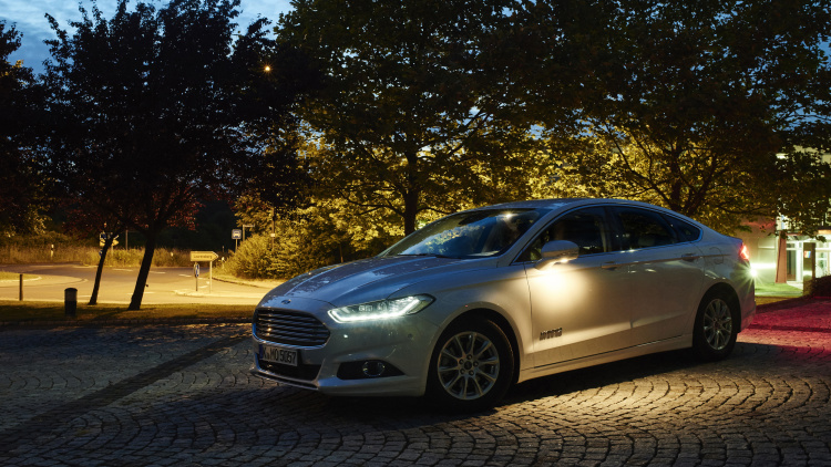 Ford Preparing Camera-Based Front Lighting System