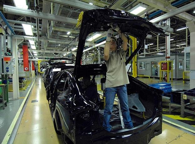 In recent years, Ford produced the S-MAX, Galaxy and Mondeo models at the Belgium plant.