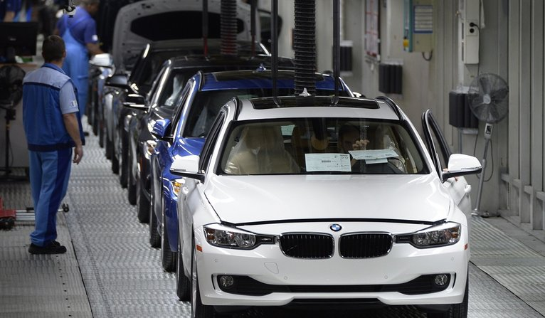 German Car Industry Criticized by Environment Agency Over Emissions