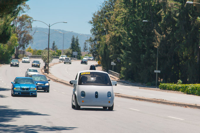 Google Exploring Wireless Charging for Self-Driving Cars