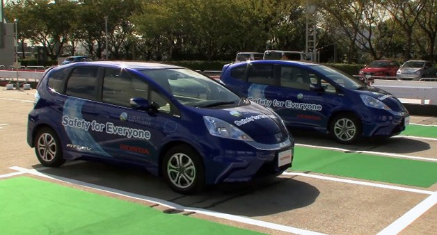 Honda Demonstrates Driverless Valet Parking System with Special Fit EVs