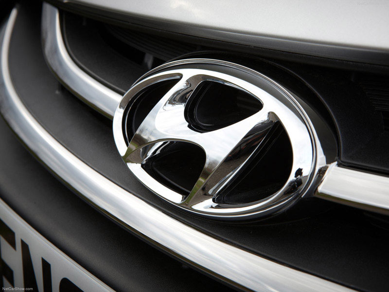Hyundai Humbled as Investors Abandon Auto Industry's Darling
