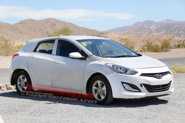 Hyundai Prius-Fighter Hybrid Could Preview Next Attack on Toyota's Champion