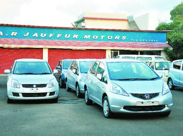 400 Japanese cars to Mauritius blocked