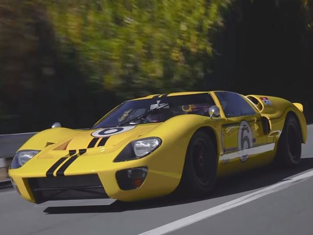 You've Gotta See This Batshit Insane Japanese Hill Climb in a Ford GT40