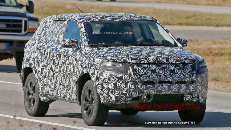 Jeep Spied Testing New Compact Crossover