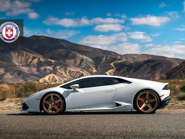 Mismatching Alloys Controversial Way to Restyle Lamborghini Huracan