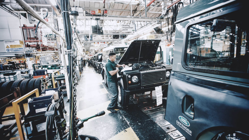 Jaguar Land Rover Moves Closer to Building Slovakia Plant