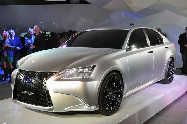 Lexus LF-Gh Concept shows off the new face of the brand at New York