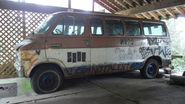 "eBay Find of the Day: Kurt Cobain-Decorated 1972 Dodge Sportsman ""Melvan"""