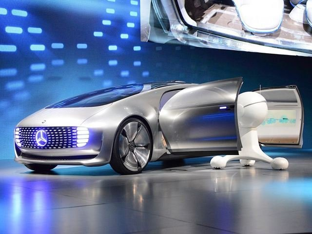 Mercedes-Benz Provides Glimpse Of The Future: F015 Autonomous Concept Breaks Cover at CES