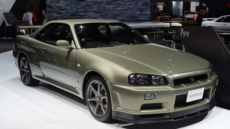 Nissans Skyline Gt R Display Is Every Gran Turismo Players Fantasy